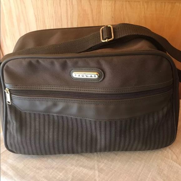 Vintage Jaguar travel bag. M 5a70b2e22ae12f80a7d33826 121e5dbcd0